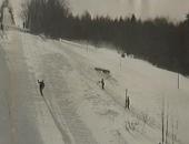 01 Skokani na lyžích